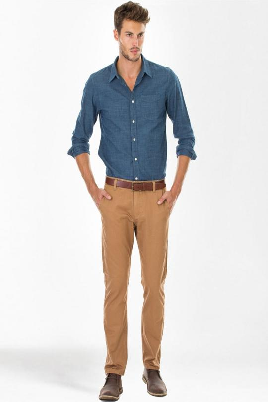combo-chemise-bleu-chino-beige