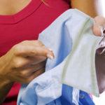 Nettoyer son col de chemise comme un pro
